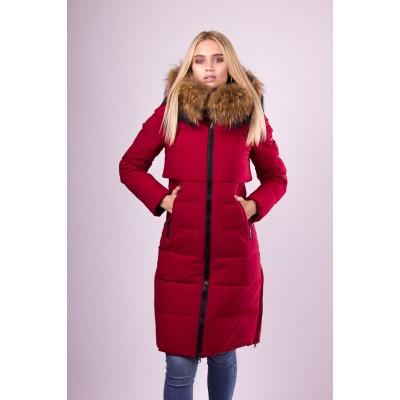 Пальто пуховик женский  San Crony FW-754 красный с мехом енота