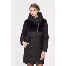 Куртка зимняя женская Lora Duvetti 18353 черная комбинированная